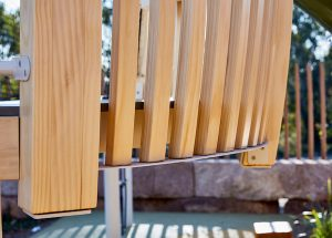Glulam timber for easy installation